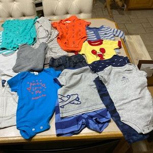 Lot of 25 pcs of baby boys - 6 months